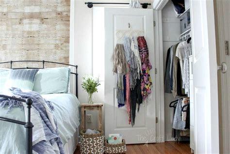 Small Closet Organizing-the Crazy Craft Lady
