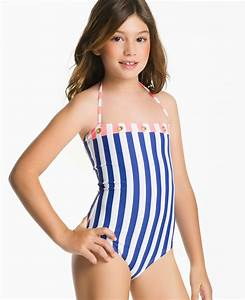 Model suit swim teen