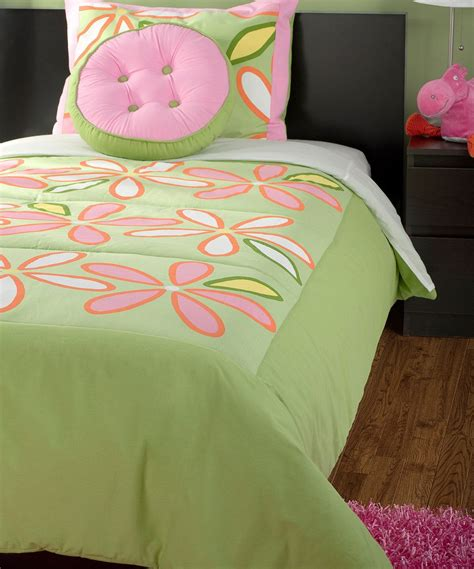 Take a look at this Green & Pink Daisy Green Comforter Set