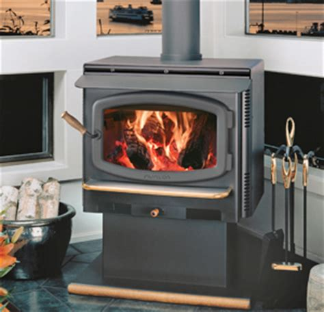 top  reasons  choose  wood stove   home west