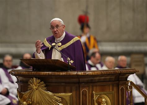 pope francis confesses sins  ordinary priest  st peter
