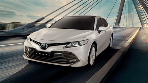 camry  horsepower   release date redesign price
