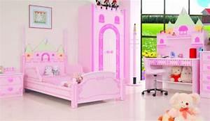 Deco Chambre Fille Princesse : 25 chambres de princesses votre fille va adorer ~ Teatrodelosmanantiales.com Idées de Décoration