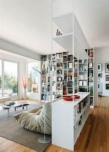 Weiße Möbel Wohnzimmer : freistehende b cherregale raumteilende l sungen f r wohnnung modern wei e bibliotheksm bel ~ Orissabook.com Haus und Dekorationen