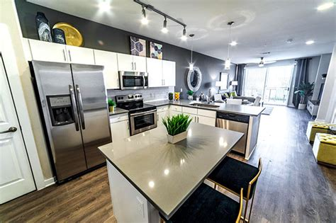 Efficiency Apartment Fort Worth by Century Colonial Park Fortworth Luxury Apartments