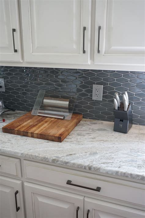 Kitchen Countertop And Backsplash Combinations by Amazing And Unique Ideas Can Change Your Granite
