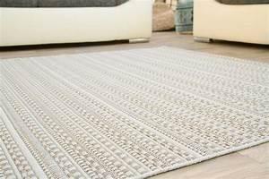 Teppich Bunt Gestreift : in und outdoor teppich lappland design muster global carpet ~ Frokenaadalensverden.com Haus und Dekorationen