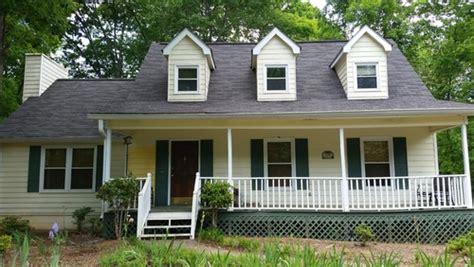 exterior paint cape cod house