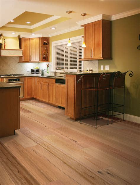 bamboo floor in kitchen 10 bamboo hardwood flooring ideas for your home 4295