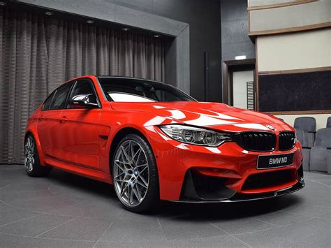 amazing m3 bmw bmw m3 looks amazing wearing paint news top