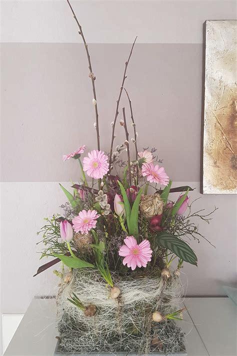 dekorieren mit naturmaterialien ideen für jede jahreszeit die blumen garage str 228 u 223 e gestecke und dekoration aus