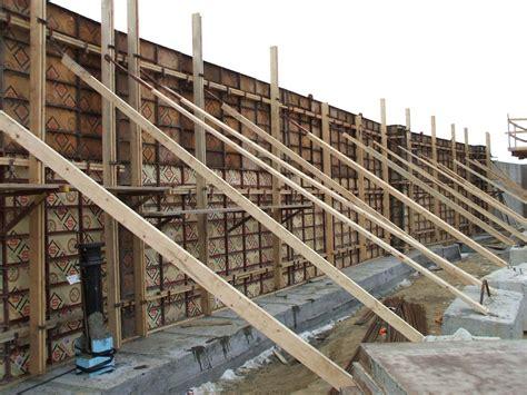 forming concrete foundation walls
