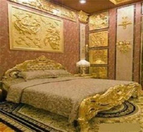 golden sultan  sultan  brunei  crazy  gold