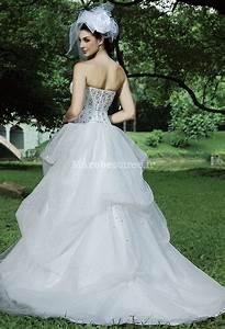 robe de mariee bustier coeur en perles strass et paillettes With robes avec paillettes et strass