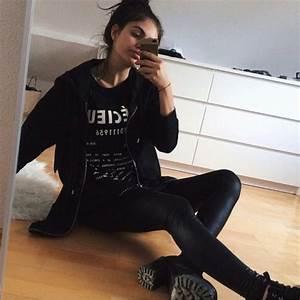 T-shirt shirt top all black everything black clothing grunge grunge shoes grunge t-shirt ...