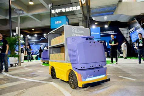 worlds  solid state lidar unmanned logistics vehicle
