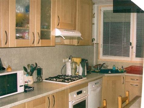 cuisine hetre clair davaus cuisine moderne en bois hêtre avec des
