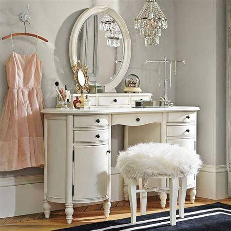 White Vanities For Bedrooms by 12 Glamorous White Mirrored Bedroom Vanities Makeup Tables