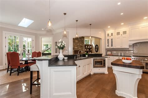 kitchen cabinets heights weston ct traditional kitchen new york by la 3014