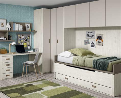 chambre lit pont but chambre avec lit gigogne bureau et armoire pont