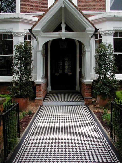 grand entrance black  white ennerdale tiles   classic border create  gorgeous