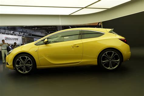 Buick Astra by Report New Opel Astra Gtc May Make It To The States As A