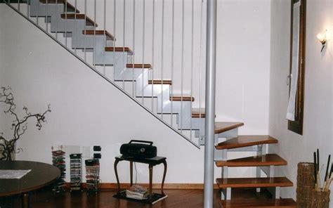 scale arredo per interni progettazione e realizzazione di scale interne a treviso