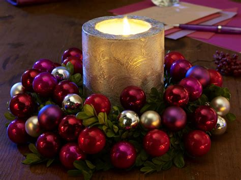 christmas decoration candles 30 christmas candle decoration ideas for 2011