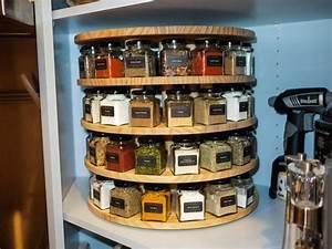 DIY Carousel spice rack via reddit http://imgur com/a