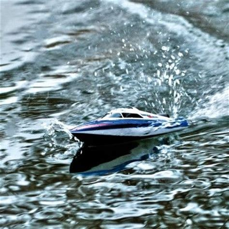 Perfect Rc Boat For Beginners  Lrp Deep Blue One High