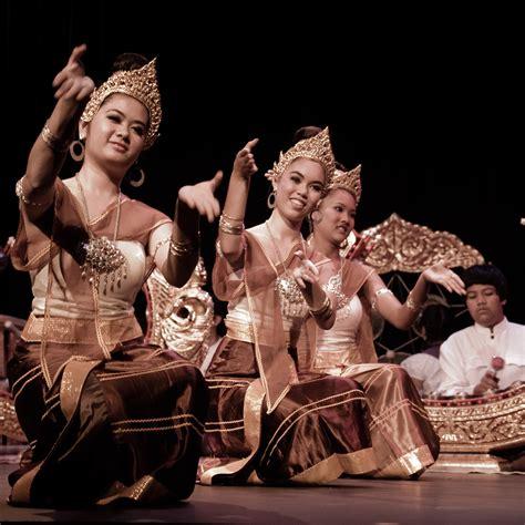 thai culture in los angeles thai community development centerthai community development center
