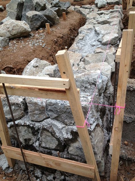 building  stone foundation   house projects