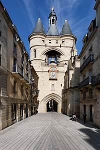 Rue De La Faiencerie Bordeaux : la rue saint james et la grosse cloche de bordeaux ~ Nature-et-papiers.com Idées de Décoration