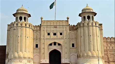 Best Outing Places in Lahore for a Day Trip - Salam Planet