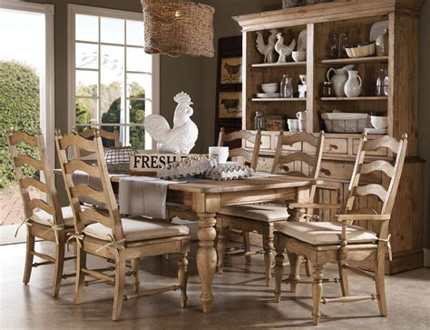 Homecoming Vintage Pine Farmhouse Leg Dining Room Set From