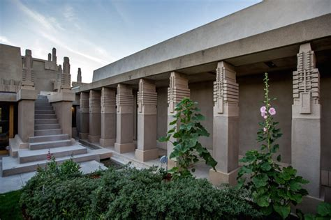 build a house floor plan lessons from wright 39 s hollyhock house restoration