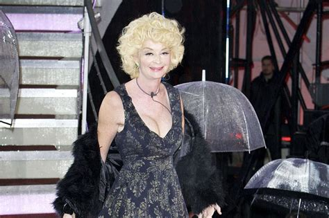 Lauren Harries Retiring From Public Life After Naked