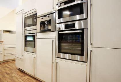 cuisine equipement cuisine équipement l 39 espace cuisine aménagé sur cuisine espace com