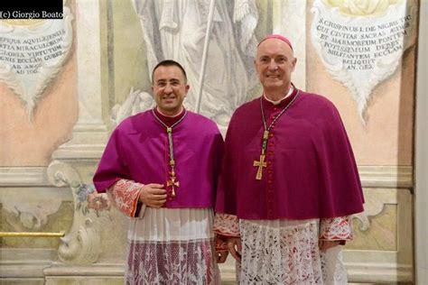 Vescovo Pavia by In 200 Dalla Toscana A Pavia Per Il Nuovo Vescovo Andrea