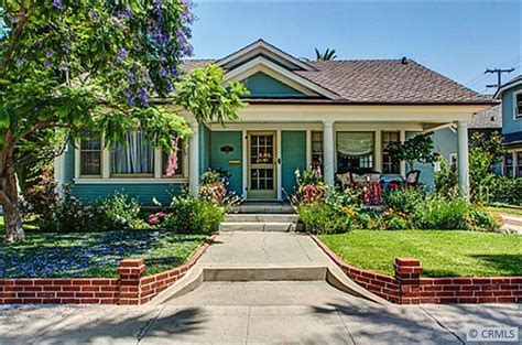 The california craftsman style side by side duplex 1923 from california craftsman house plans, source:antiquehomestyle.com. Charming California Bungalow