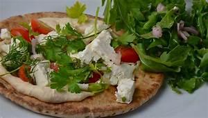 Hummus, Tomato, And Feta Pita Pizzas With Arugula Salad ...