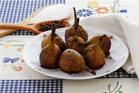 cuisiner des figues fraiches recette figues fraîches au vin