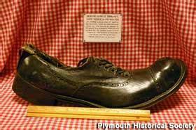 plymouth mi robert wadlow shoe  wayward lincolnabilia
