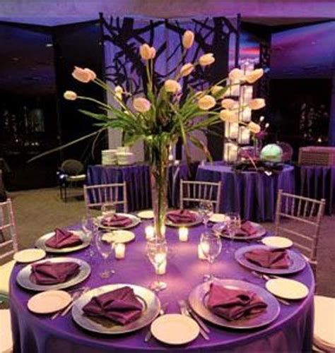 Purple Table Decoration Idea For A Lovely Wedding Party