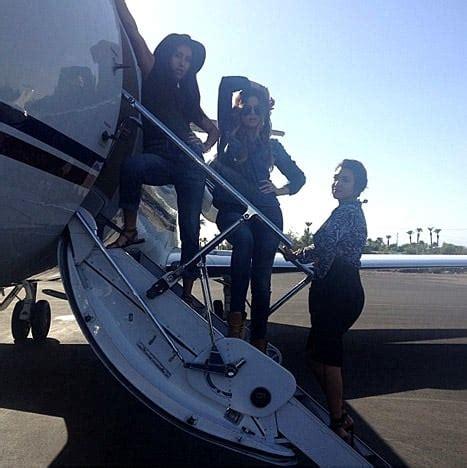 Khloe Kardashian Flies Private Jet to Las Vegas, Tries to ...