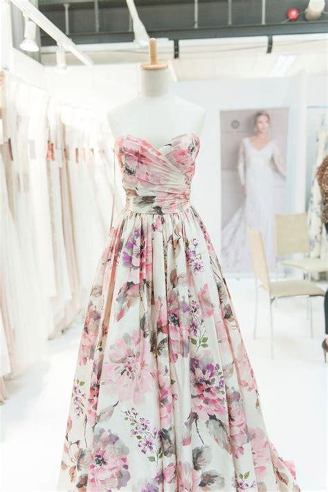 Elegant Sweetheart Floral Print Wedding Dress For Bridal