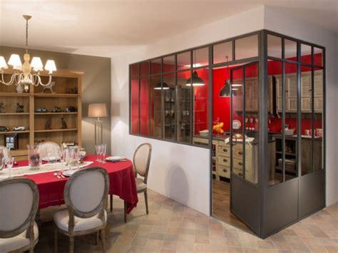 verriere entre cuisine et salon une verrière à deux pans pour séparer la cuisine du salon maisonapart