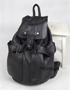Woman Black Leather Backpack