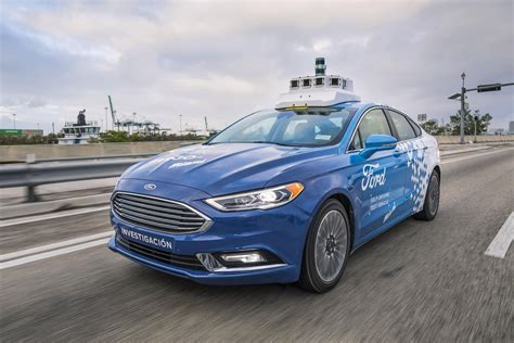 fords  driving cars head  miami roadshow