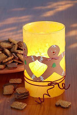 windlicht glas basteln glas windlicht basteln mit lebkuchenm 228 nnern familie de
